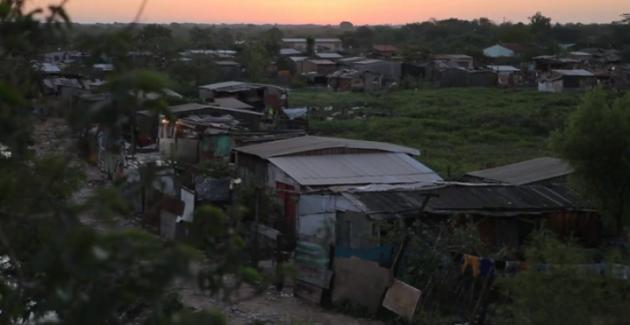 Cateura_Paraguay_community_built_on_landfill