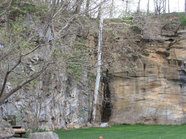 canyon_wall_beyond_this_same_property