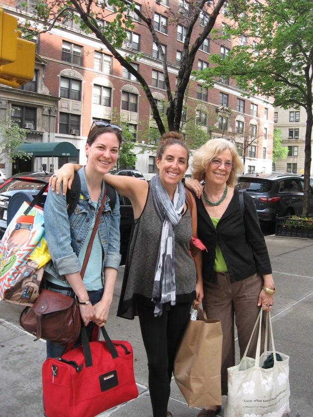 Dana and her daughters Aria and Colette Manhattan